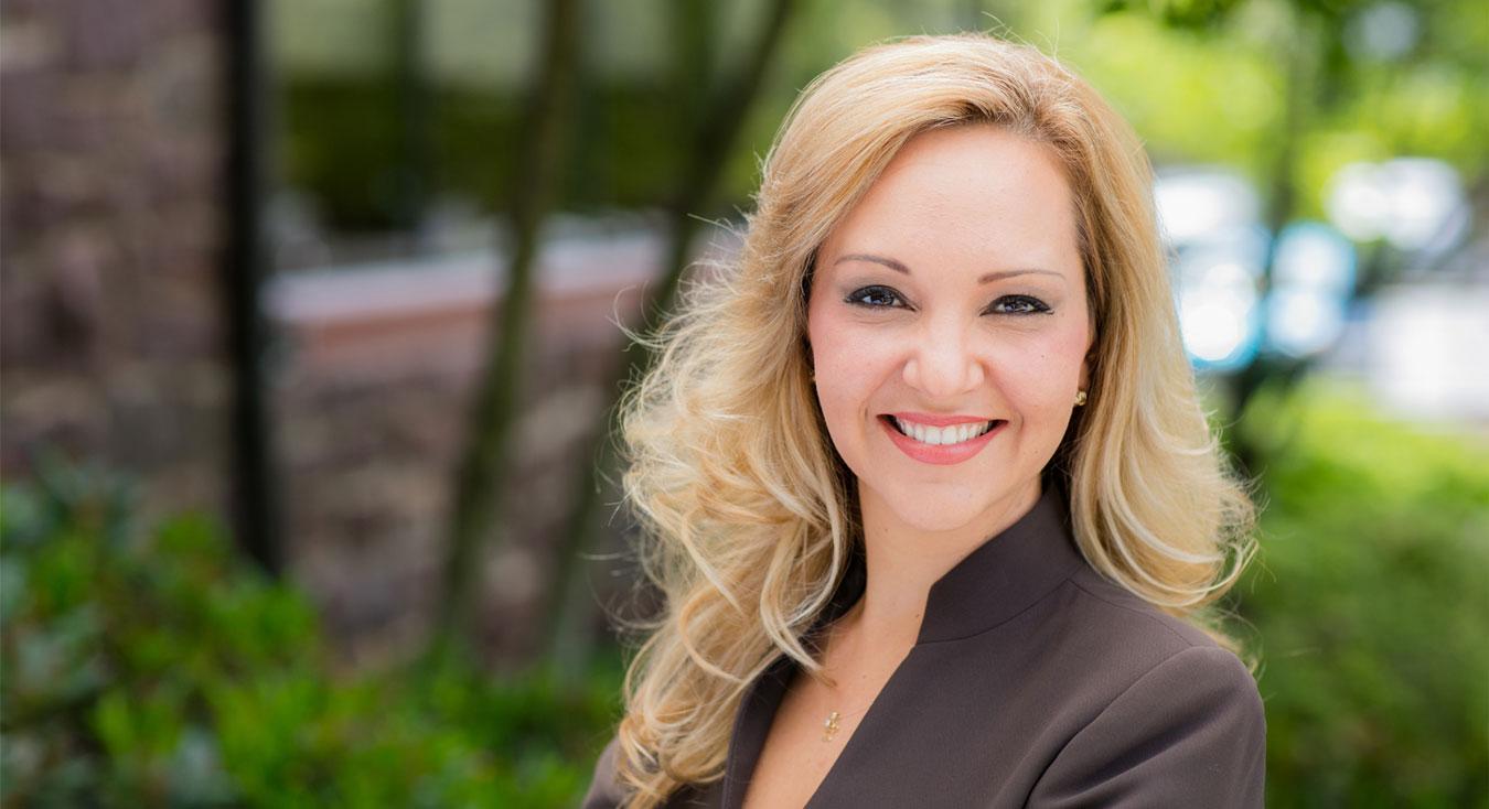 Industry Influencer Ana Maciel